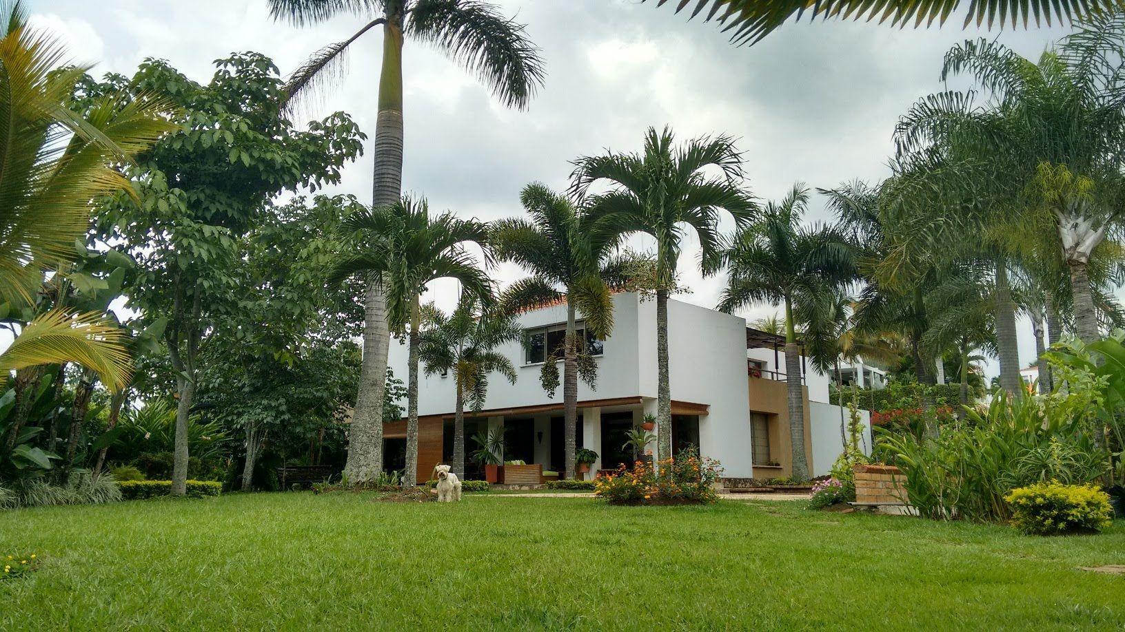 Los 5 barrios m s lujosos de colombia ole colombia for Barrio ciudad jardin barranquilla