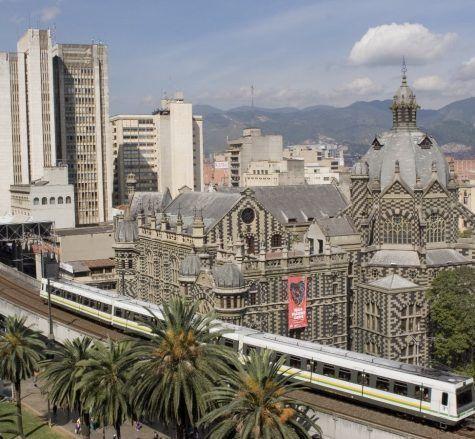 Diez Razones para Viajar a Medellín