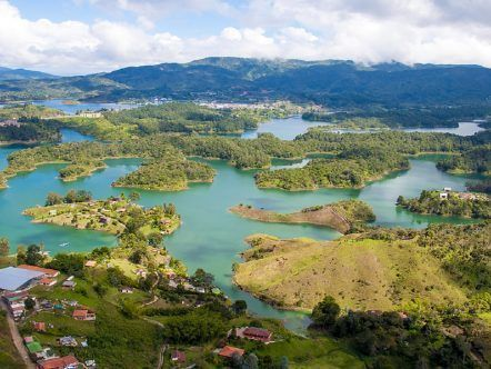 El PEÑOL Y GUATAPÉ - MEDELLÍN - TOUR REGULAR
