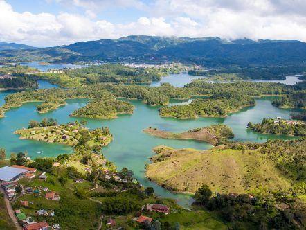 El PEÑOL AND GUATAPÉ - MEDELLÍN - REGULAR TOUR